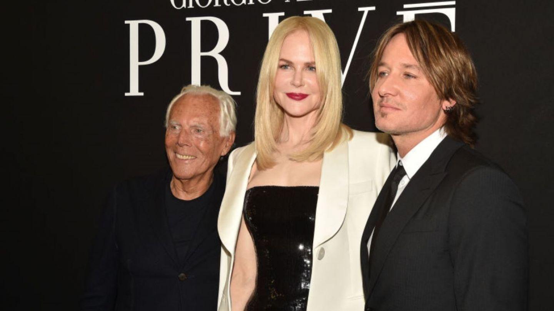 FOTO Nicole Kidman atinge un bărbat pe genunchi de față cu soțul ei. S-a văzut tot
