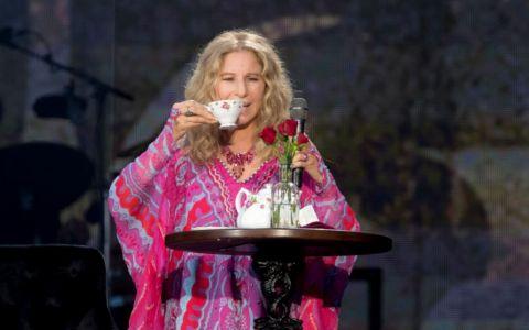 Barbra Streisand a vorbit despre presupusa aventură cu prințul Charles: bdquo;Aș fi fost prima prințesă evreică