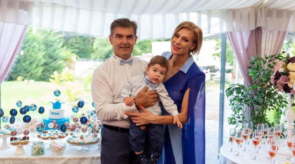 VIDEO Roxana Chiuhulescu i-a tăiat moțul fiului Cezar. Imagini de la eveniment