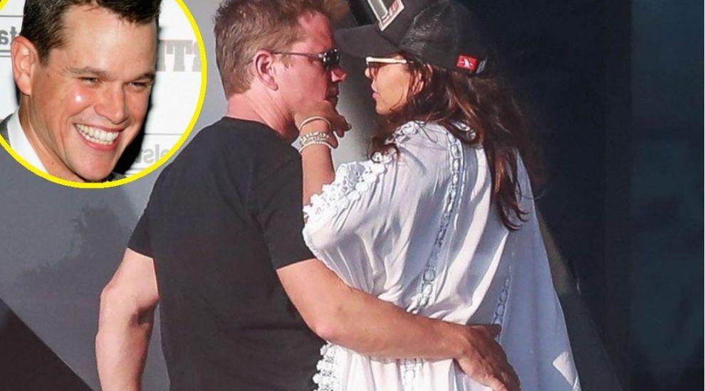 Matt Damon, vacanță pe iaht cu femeia care i-a făcut 3 fete. Cum arată soția actorului