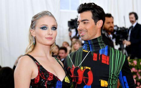 Joe Jonas, mândru de soția lui. Cum a felicitat-o pe Sophie Turner pentru prima nominalizare la Emmy