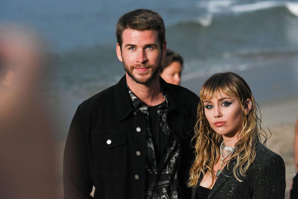 Miley Cyrus, confesiuni despre căsnicia ei cu Liam Hemsworth: Sunt într-o relație hetero, dar încă sunt atrasă de femei