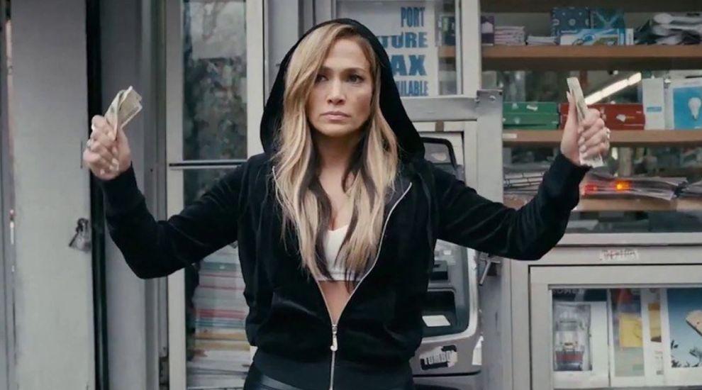 """Când se lansează în România """"Hustlers"""", filmul cu Jennifer Lopez în rol de dansatoare la bară"""