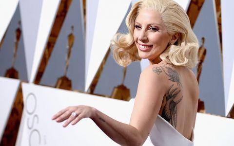Lady Gaga revine la vechile obiceiuri. Ce fotografii a postat pe contul de Instagram