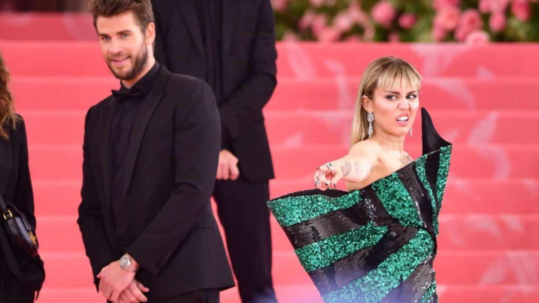 Prima reacție a lui Liam Hemsworth după despărțirea de Miley Cyrus. Actorul, distrus de durere