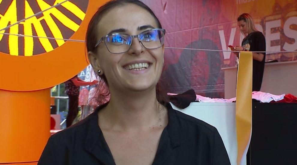 "Summer Well 2019. Elisabeta Paraschiv a ""tradus"" muzica în limbaj mimico-gestual VIDEO"