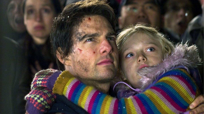 Dakota Fanning, micuța care a jucat alături de Tom Cruise în filmul  Războiul lumilor  s-a transformat într-o bombă sexy