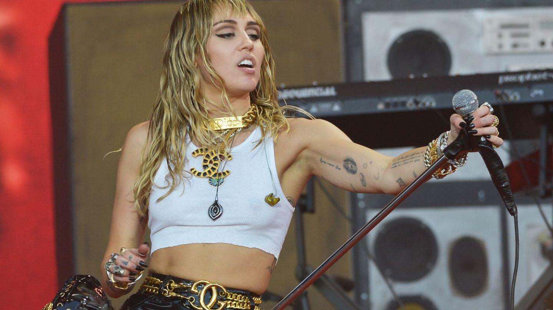 Miley Cyrus lansează un nou single, cu dedicație pentru fostul soț, Liam Hemsworth