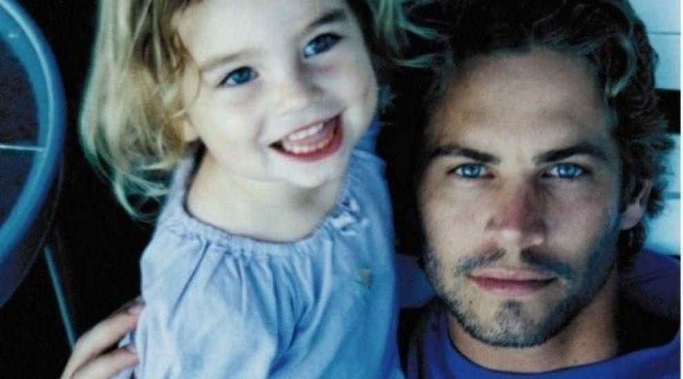 Fiica lui Paul Walker a postat pe Instagram o fotografie rară cu tatăl său.În ce ipostază a fost surprins fostul actor