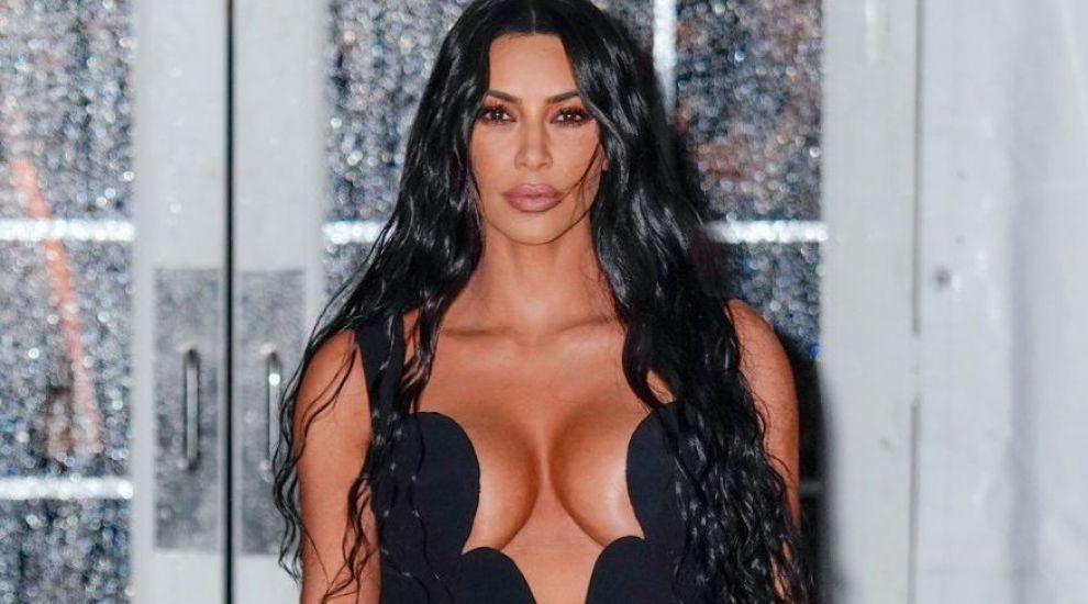 """Kim Kardashian a participat la cea mai complicată sedință foto: """"Dumnezeule, asta-i aproape imposibil"""""""