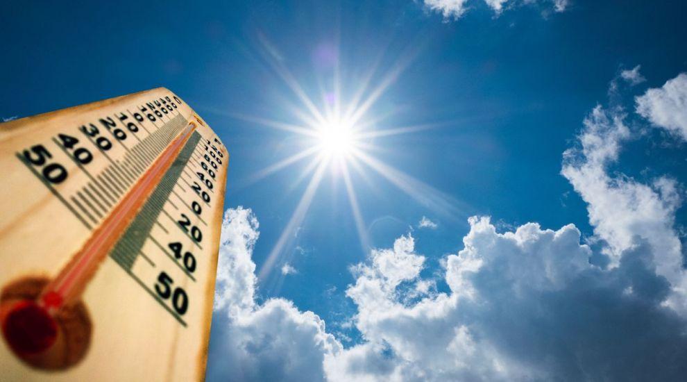 Prognoza meteo: Vremea se menține călduroasă