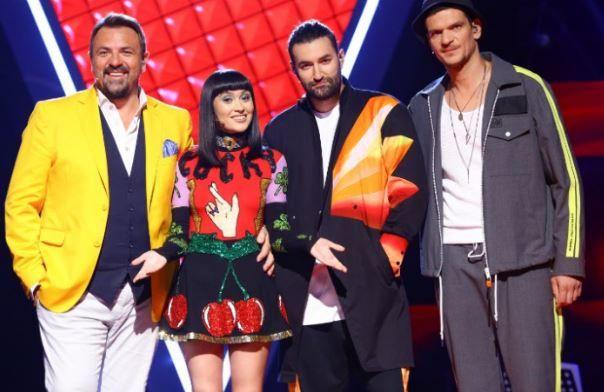 """Antrenorii de la Vocea României au interpretat celebra piesă """"In the air tonight"""" în deschiderea primei ediții"""