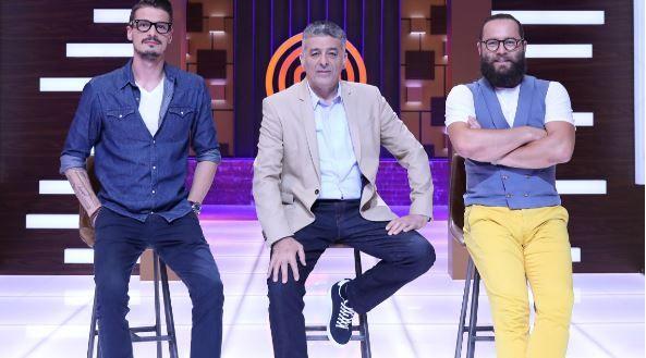 Chef Hadad, Chef Silviu Chelaru și Cosmin Tudoran mai au doar câteva șorțuri MasterChef pentru concurenți