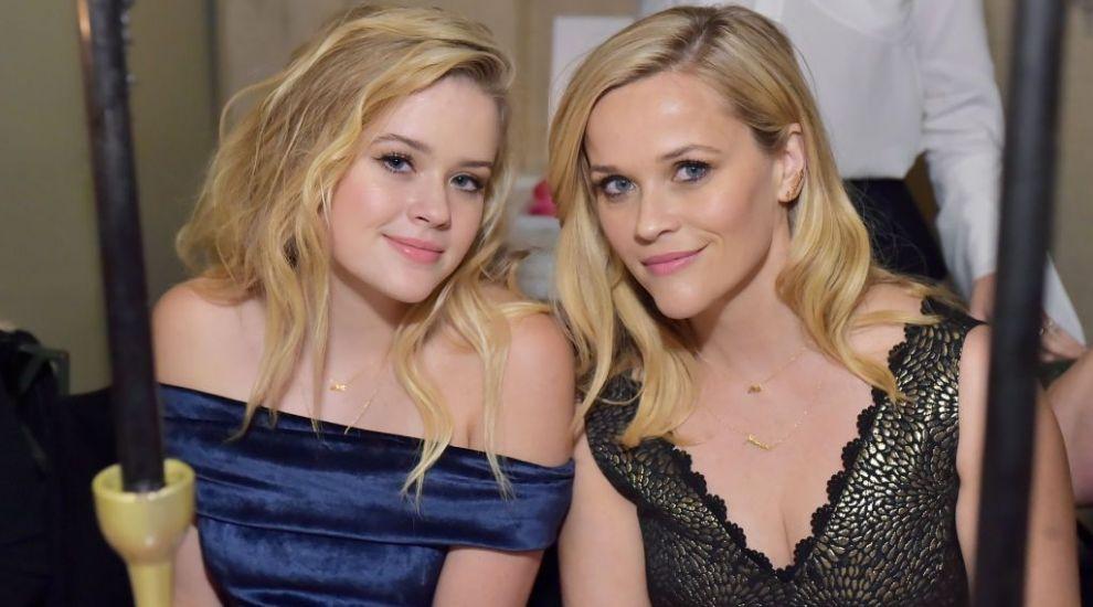 Are cei mai frumoși părinți din lumea filmului. Cum arată fiica lui Reese Witherspoon și a lui Ryan Philippe la 20 de ani