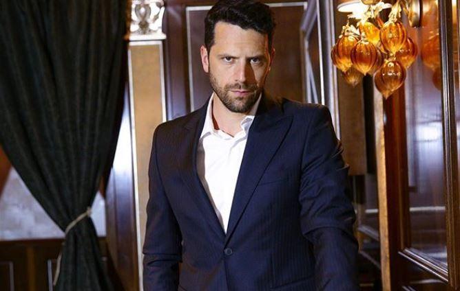 Adrian Nartea, personajul principal din serialul VLAD, are o soție superbă. Cât de frumoasă este Alina