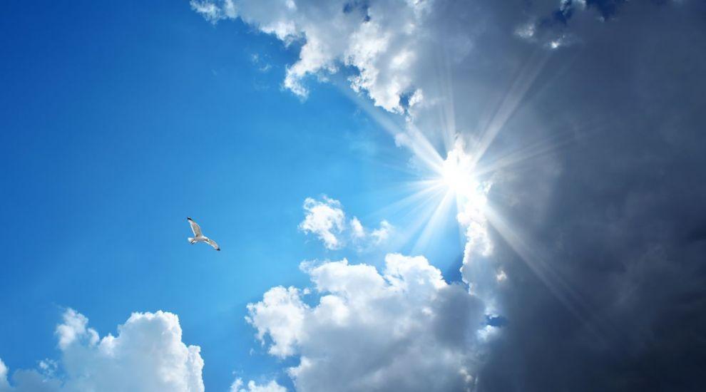 VIDEO Prognoza meteo: Vremea se ameliorează
