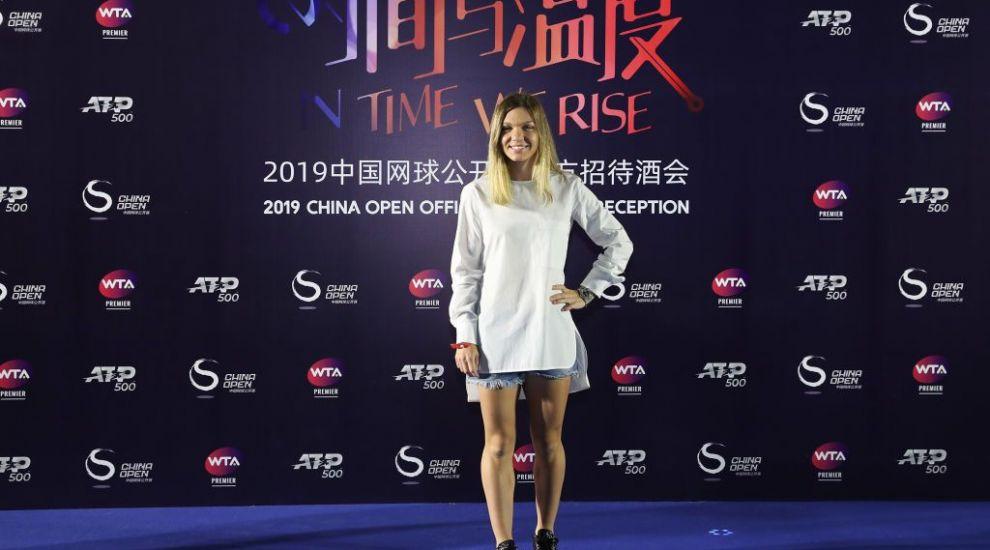 Simona Halep și Bianca Andreescu, superbe la o petrecere organizată în cadrul turneului de la Beijing
