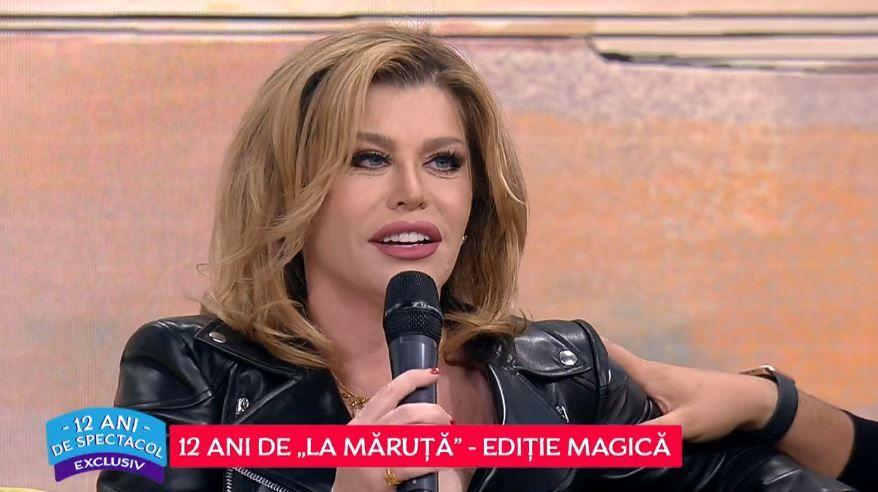 """Loredana Groza, apariție extravagantă la aniversarea a 12 ani de emisiune """"La Măruță"""". Cum a fost îmbrăcată vedeta"""