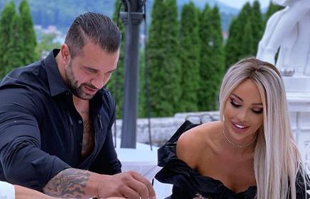 Apariție total neașteptată: Bianca Drăgușanu și Alex Bodi, din nou împreună după ce au zis că divorțează