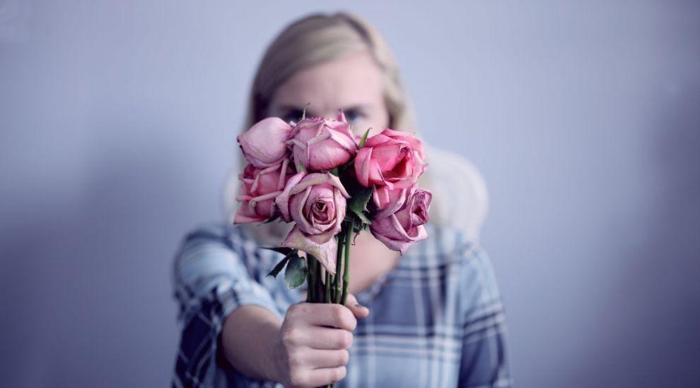 (P) Alege livrare flori pentru a aduce bucurie persoanelor dragi, oriunde s-ar afla!