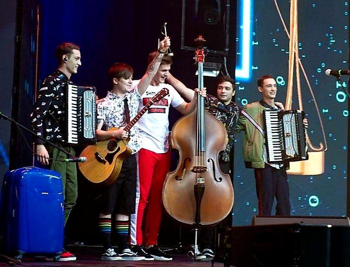"""Trupa care deschide concertele lui Smiley din Bacău, Botoșani și Iasi este """"Cea mai bună trupă"""" din Moldova"""