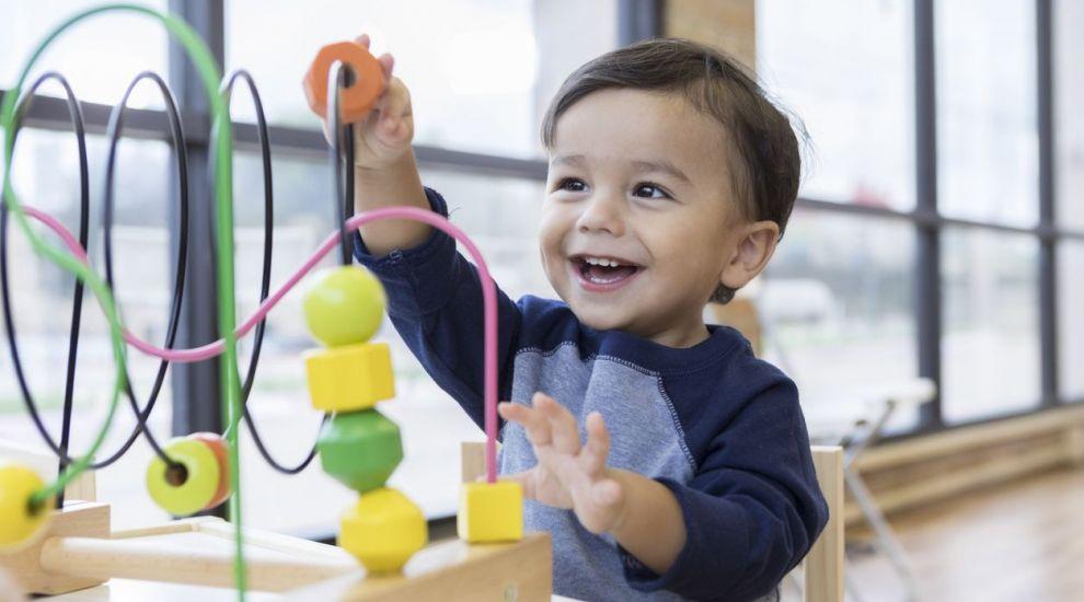 VIDEO Jucăriile contrafăcute, periculoase pentru copii