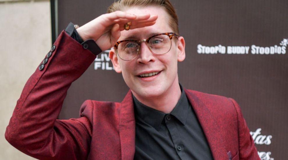 Cum arată Macaulay Culkin la 29 de ani de la apariția în Singur acasă, filmul care l-a făcut celebru