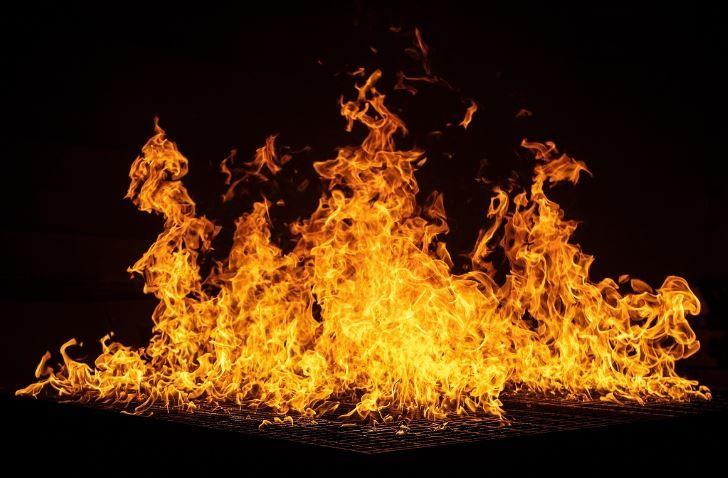 (P) Reacția la foc vs rezistența la foc a sistemelor de gips carton