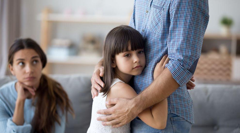 VIDEO După despărțire, cum îi prezinți copilului noul iubit?