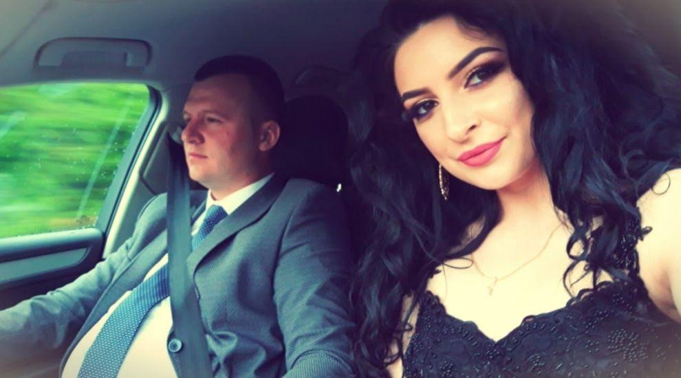 O brunetă de 22 de ani a fost desemnată cea mai sexy tiristă din România. Cum arată femeia