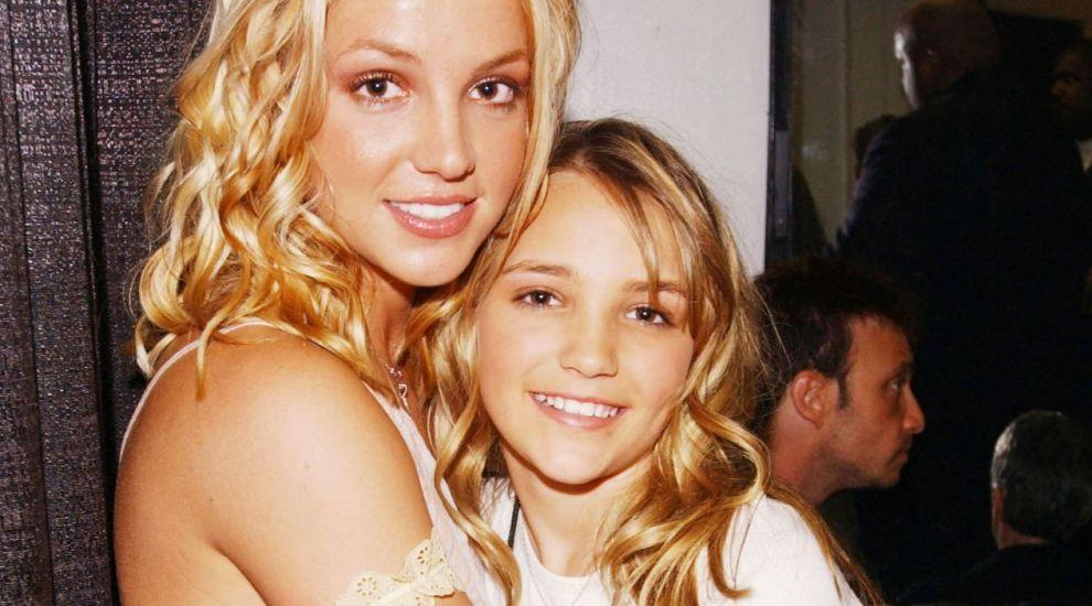 Cum arată sora mai mică a lui Britney Spears. A devenit mamă la 16 ani și și-a întrerupt cariera