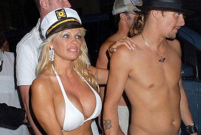 Pamela Anderson s-a măritat pentru a cincea oară. Cine e bărbatul care a vrăjit-o