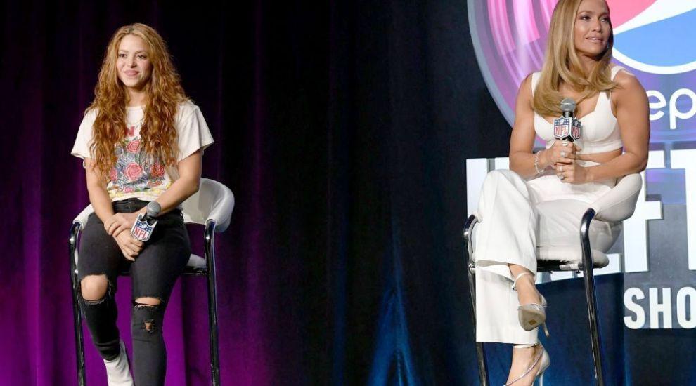 Jennifer Lopez și Shakira, împreună la promovarea Super Bowl 2020. Ce ținute au purtat