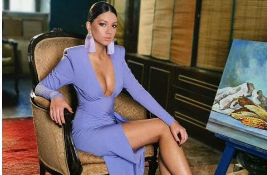 PRO TV - Cleopatra Stratan se studiază peste hotare ...   Cleopatra Stratan