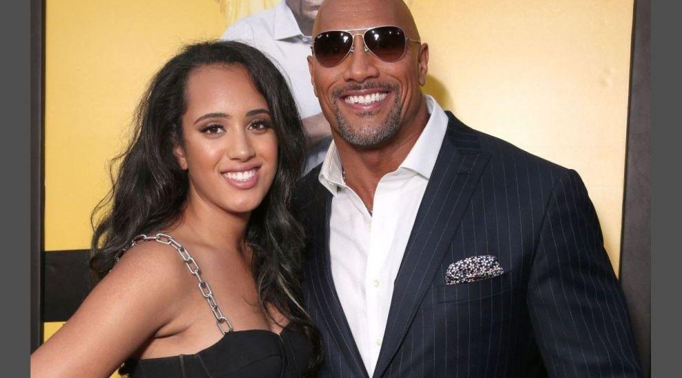 Fiica lui Dwayne Johnson calcă pe urmele luptătorului WWE. Simone țintește o carieră în wrestling