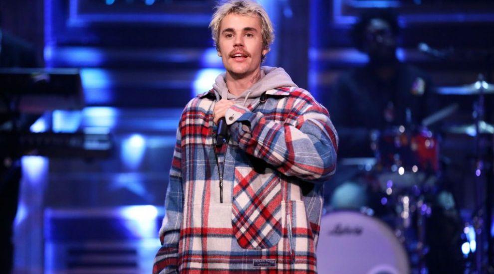 Fotografia de 2 milioane de like-uri cu Justin Bieber! Cum arăta artistul când era copil