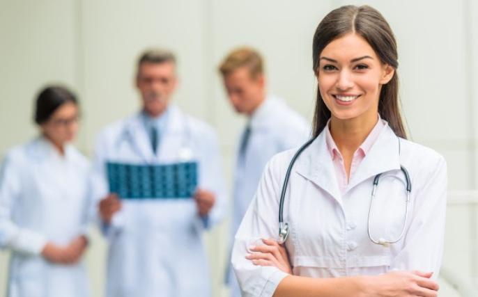 (P) Top 10 cele mai bune facultăți de medicină din România
