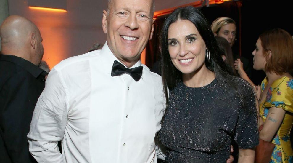 Divorțați de 20 de ani, Bruce Willis și Demi Moore s-au izolat la domiciliu împreună