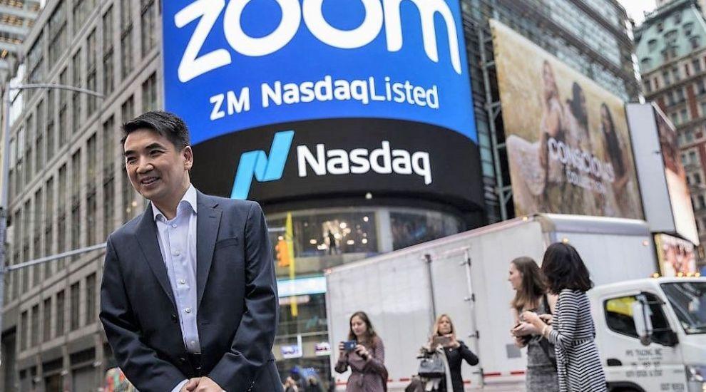 Administratorii aplicației Zoom, dați în judecată pentru dezvăluirea de date personale către Facebook