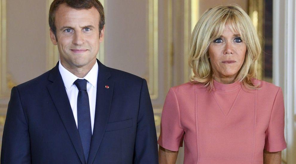 """Brigitte Macron, comparată cu """"o bunicuță de 92 de ani"""". Cine a făcut această imensă gafă"""