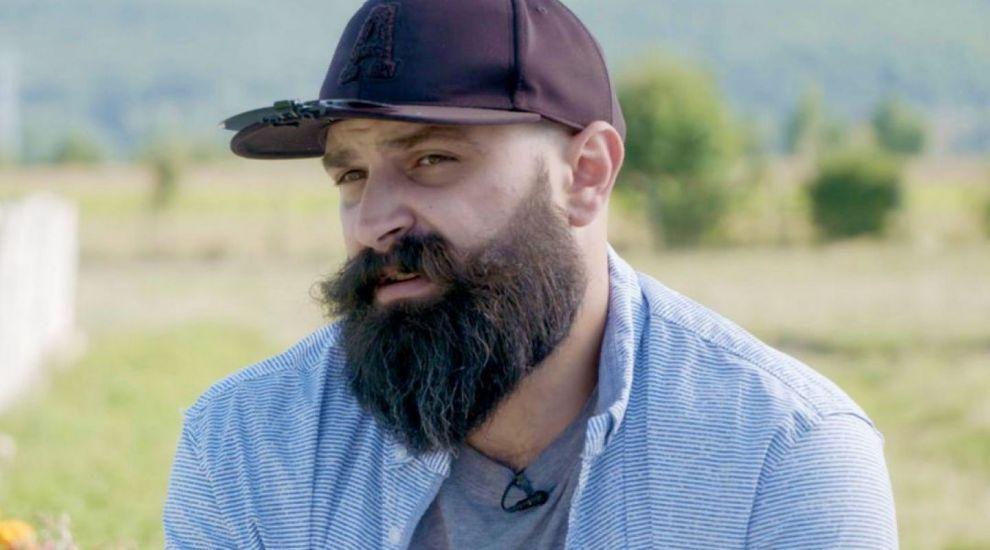 """Radu Stan, """"bărbosul"""" de la Gospodar fără pereche, de nerecunoscut. Cum arăta în trecut, când nu avea barbă"""