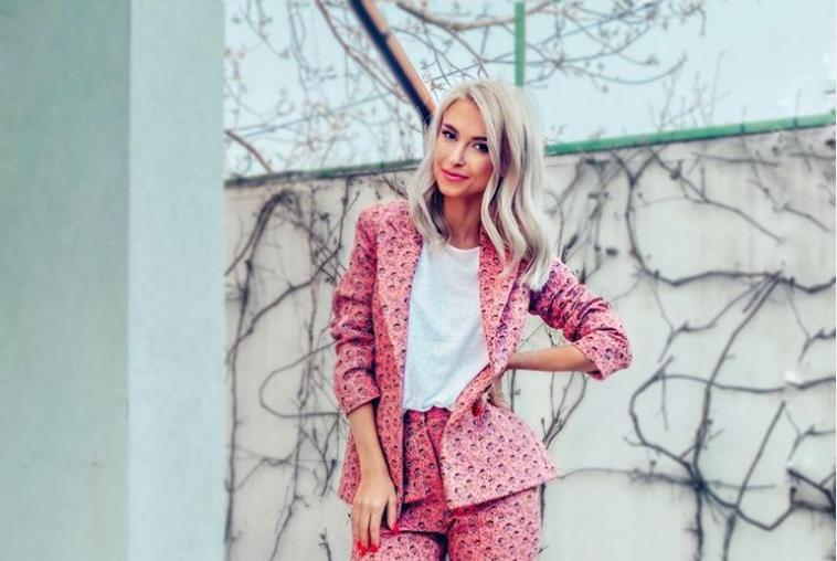 Look-ul de divă pentru care Andreea Bălan a primit zeci de mii de aprecieri. Cum arată cântăreața