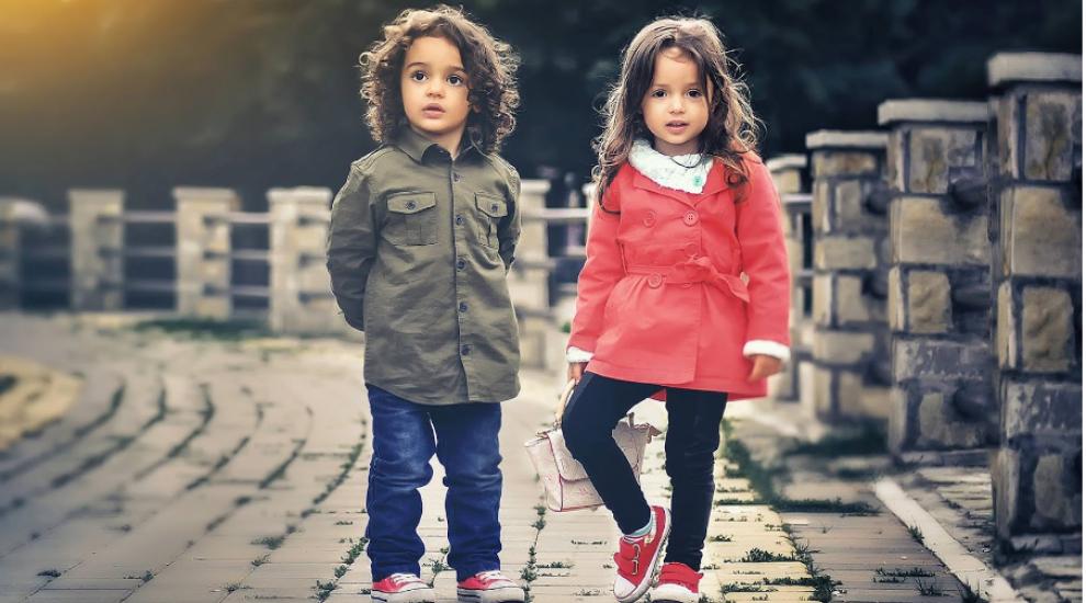 (P) 3 modele de pantofi pe care copilul tău va dori să le poarte