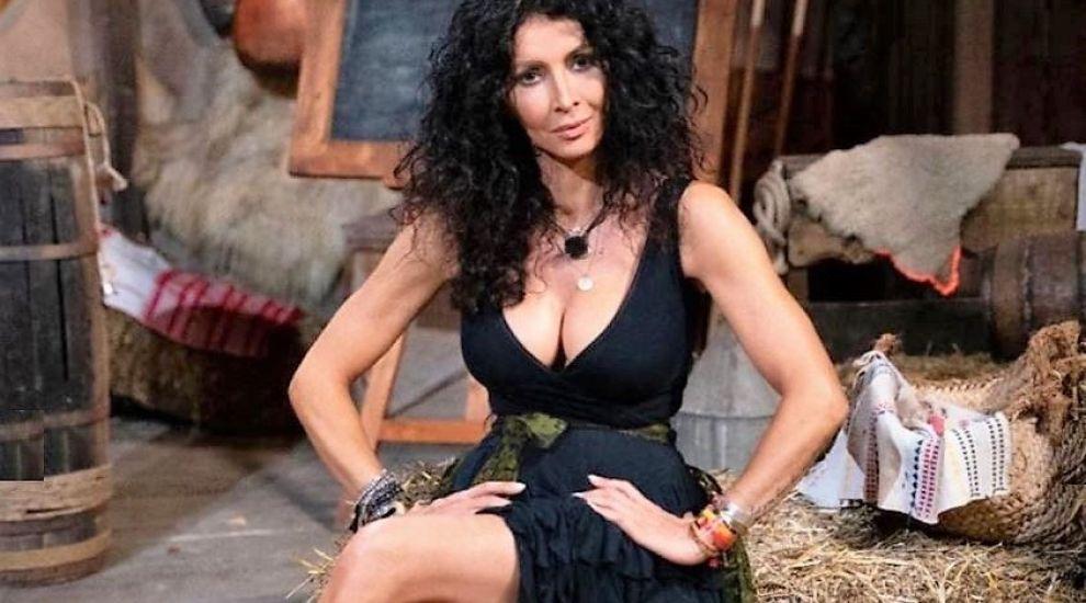 Mihaela Rădulescu, imagini de pe platoul emisiunii Ferma. Orășeni vs. Săteni