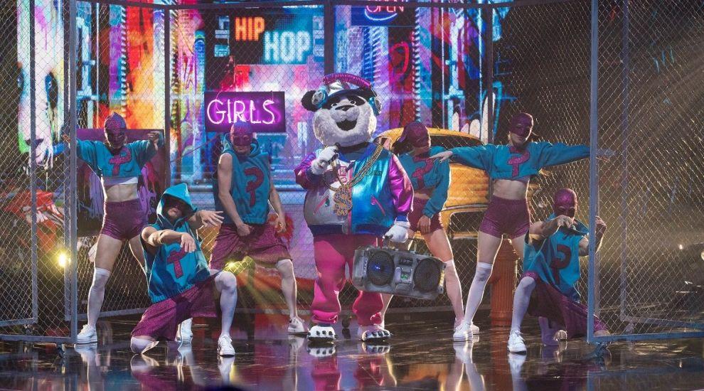 Masked Singer România: Ursul Panda a făcut show pe scenă, interpretând o melodie în limba arabă