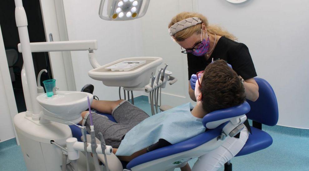 Cauzele durerilor de dinți la copii. Cum se tratează durerile de erupție și cariile de biberon