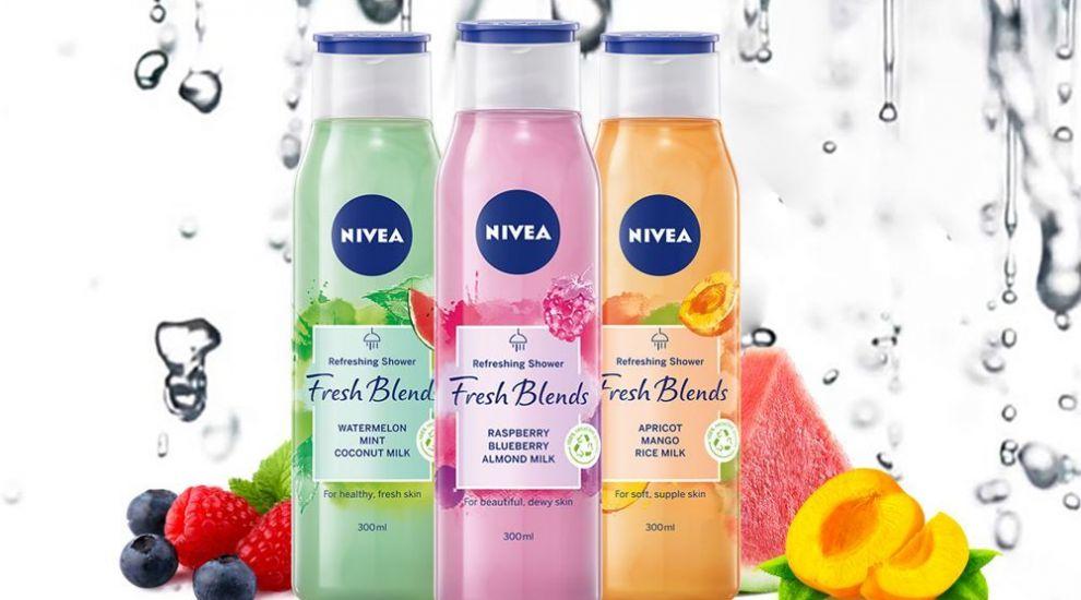 Nivea Fresh Blends te premiază! Înscrie-te în concurs și poți câștiga noul set de geluri de duș de la Nivea