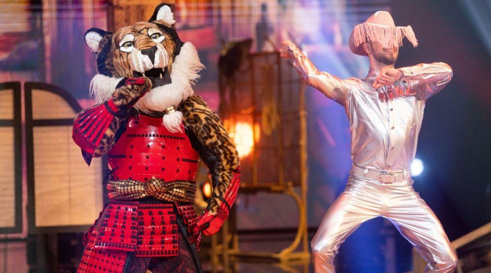 """Dezvăluirea Tigrului l-a făcut pe Horia Brenciu să fie și mai confuz: """"Am cântat de foarte multe ori pe aceeași scenă!"""""""