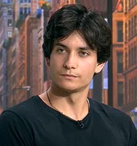 Flavius Jucu, frumușelul care face furori pe TikTok. Tânărul visează la o carieră de actor