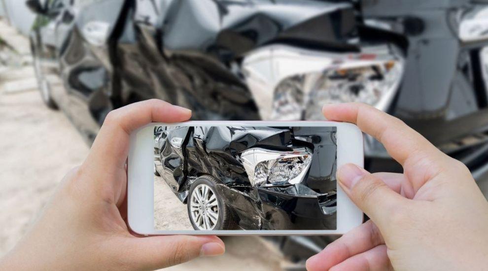 (P) Cum constați daunele auto și avariile din locuință cu ajutorul tehnologiei. Totul despre Video Asist